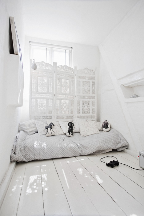 Rustic white home - Coco Lapine blog