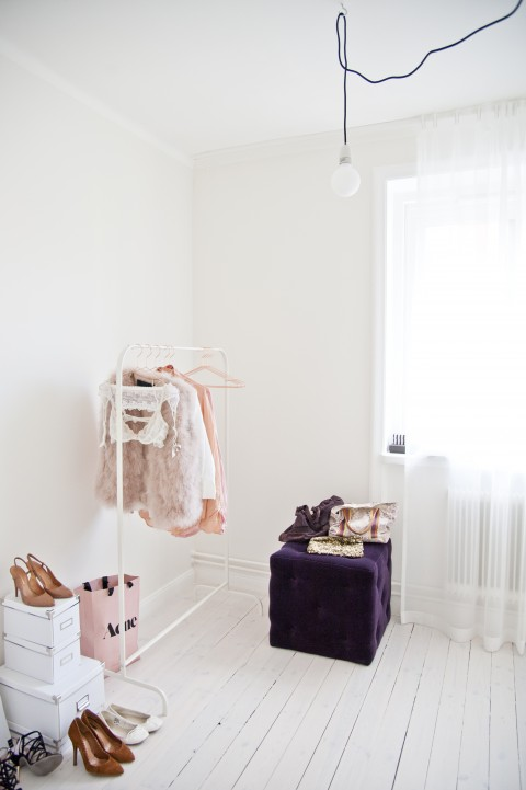 feminine wardrobe styling  by Hanna Wessman - via Coco Lapine