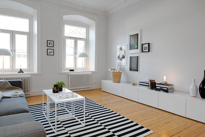 Apartment with a high bedroom - via Coco Lapine