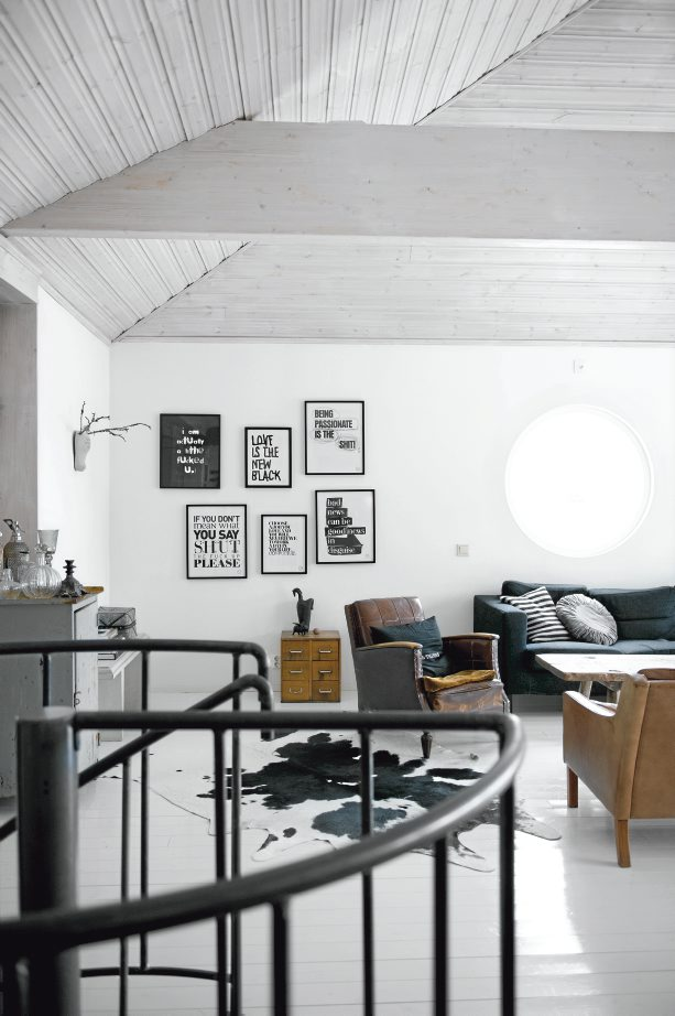 Monochrome with an industrial style kitchen - COCO LAPINE ...