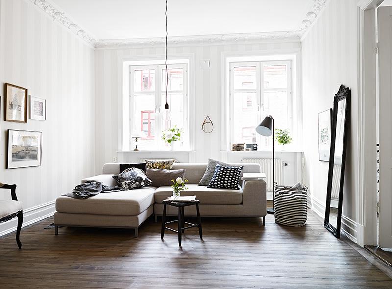 Classic White Living Room Coco Lapine Designcoco Lapine
