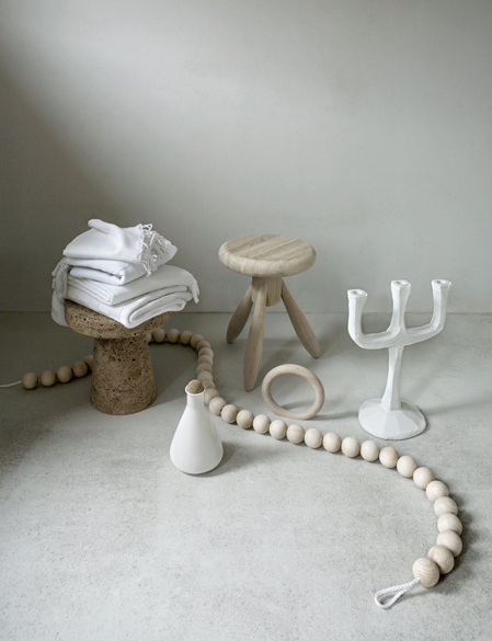 Lovely Styling by Stefanie Maas - via Coco Lapine