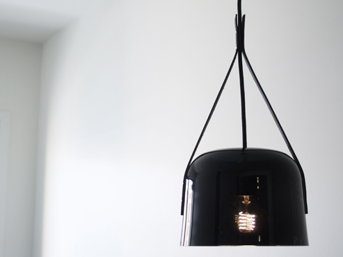 In Darkness pendant - via Coco Lapine