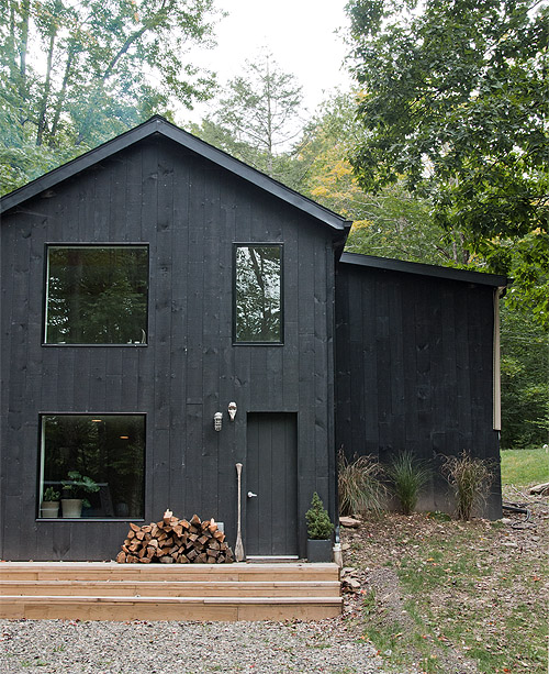 House in the woods - via Coco Lapine