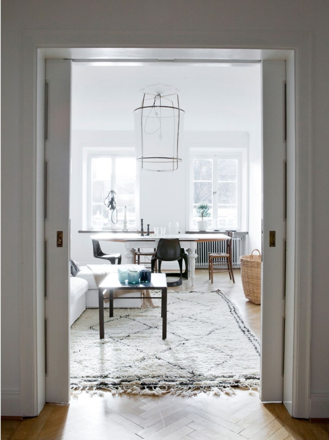 Simple white apartment